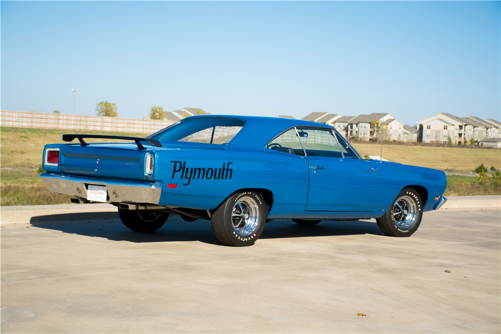 1969 PLYMOUTH ROAD RUNNER  - Rear 3/4 - 189300