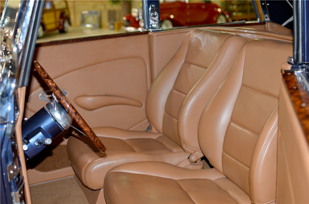 1934 LINCOLN KA CUSTOM CONVERTIBLE SEDAN - Interior - 189303