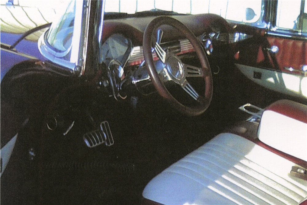 1956 CHEVROLET NOMAD CUSTOM STATION WAGON - Interior - 189305