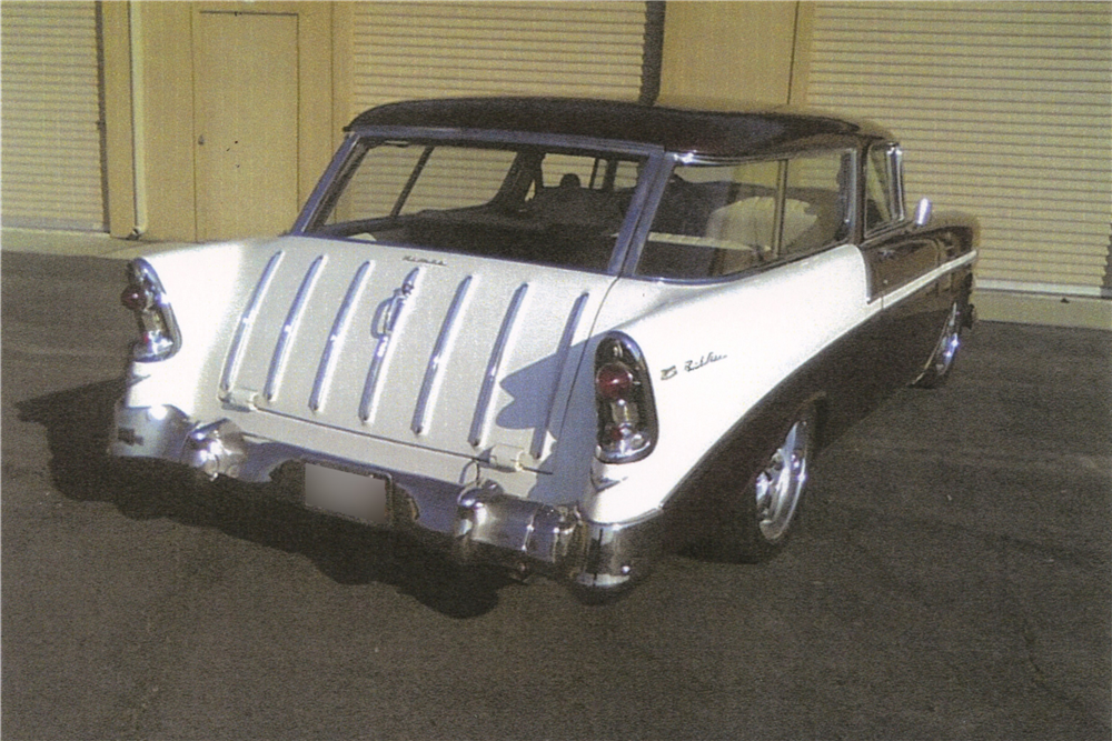 1956 CHEVROLET NOMAD CUSTOM STATION WAGON - Rear 3/4 - 189305