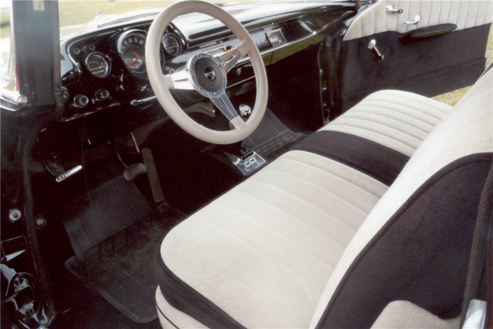 1957 CHEVROLET 210 CUSTOM SEDAN - Interior - 189307