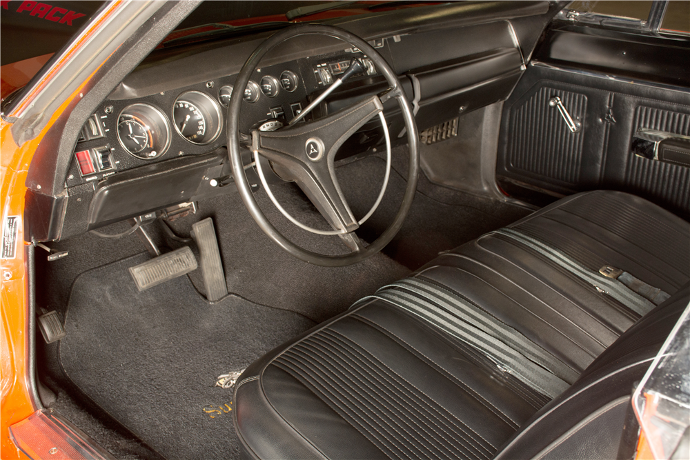 1969 DODGE SUPER BEE A-12 - Interior - 189311