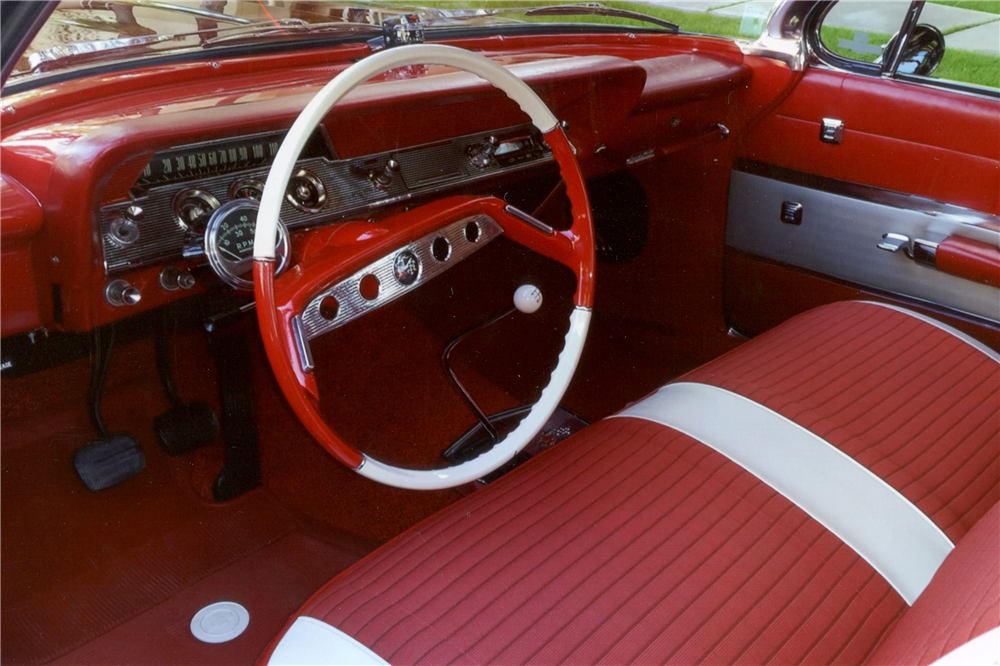 1961 CHEVROLET IMPALA BUBBLE TOP - Interior - 189330