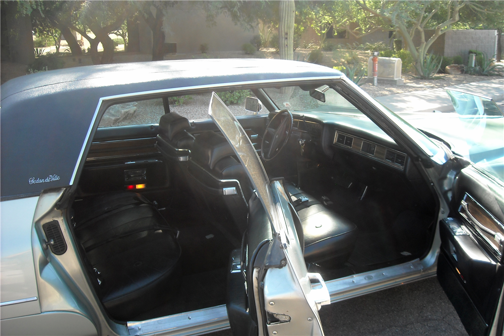 1972 CADILLAC DE VILLE 4-DOOR SEDAN - Interior - 189343
