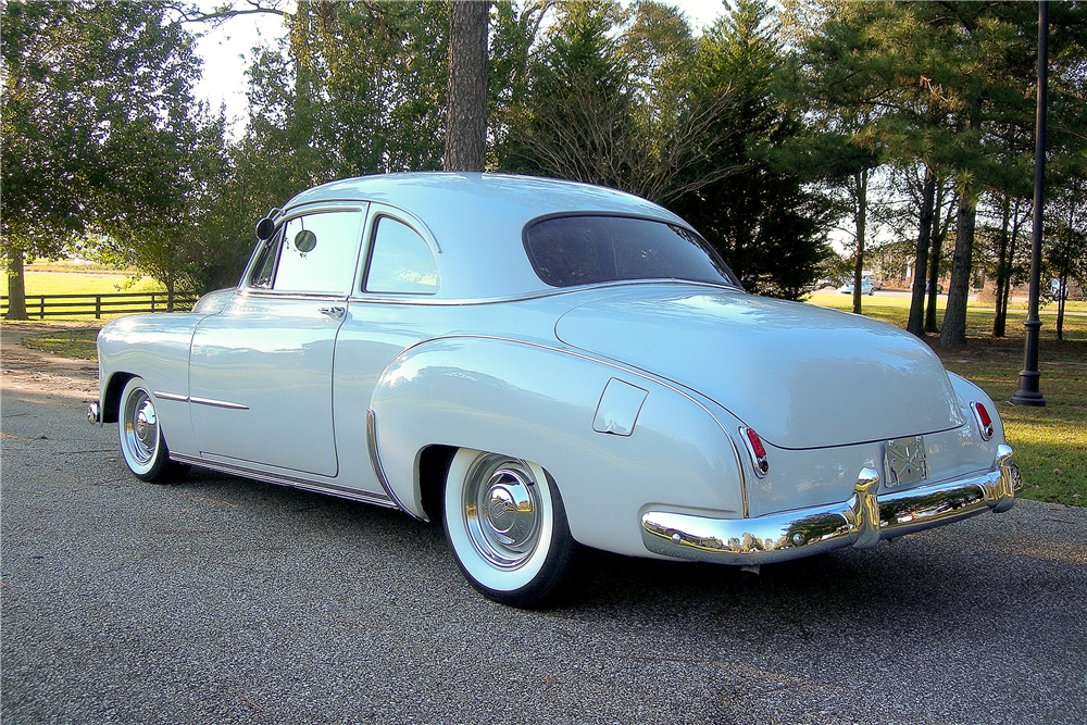1949 CHEVROLET CUSTOM COUPE - Rear 3/4 - 189353