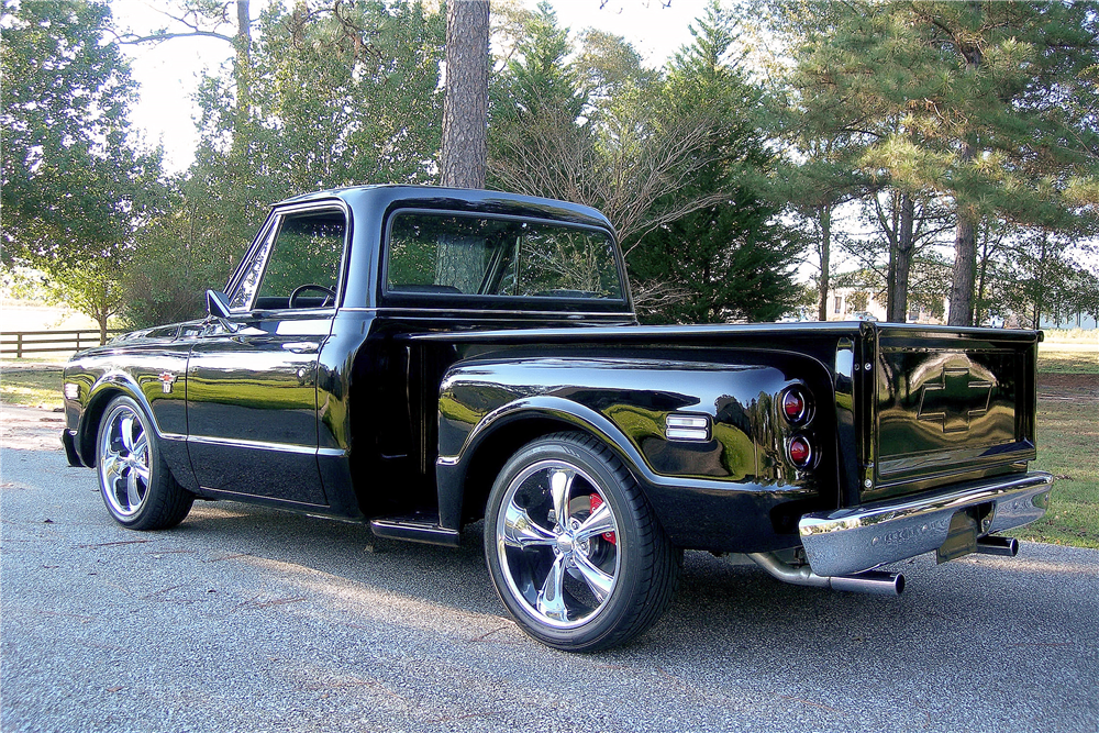 1968 CHEVROLET C-10 CUSTOM PICKUP - Rear 3/4 - 189355