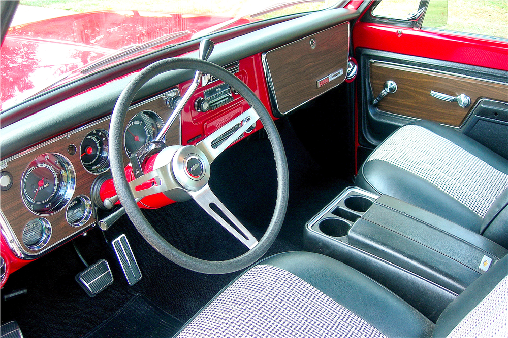 1972 CHEVROLET CHEYENNE SUPER 10 PICKUP - Interior - 189374