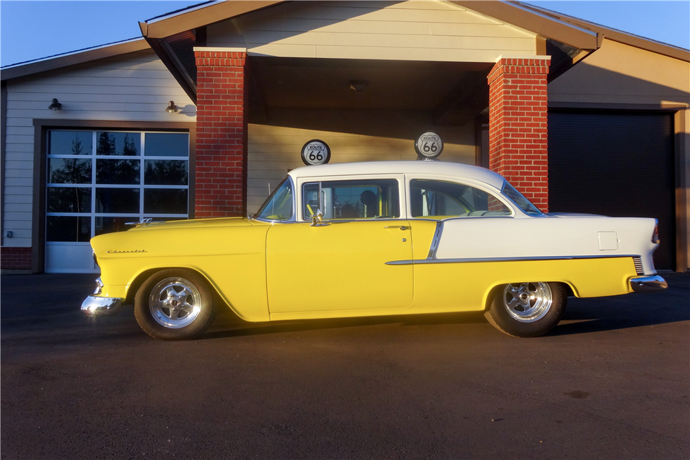 1955 CHEVROLET 210 CUSTOM 2-DOOR POST - Side Profile - 189389