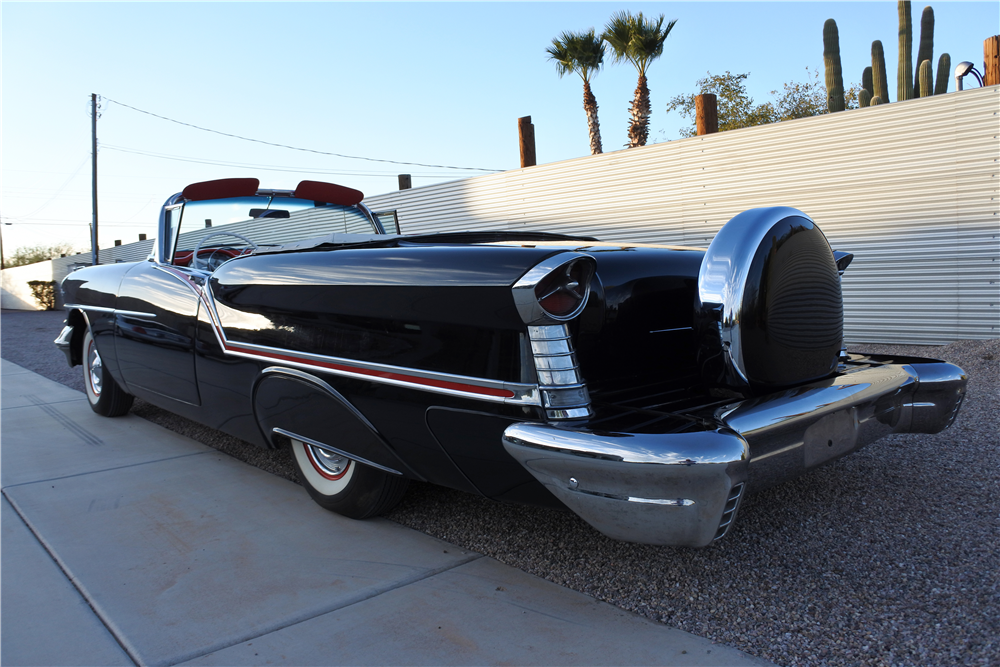 1957 OLDSMOBILE 88 CONVERTIBLE - Rear 3/4 - 189413