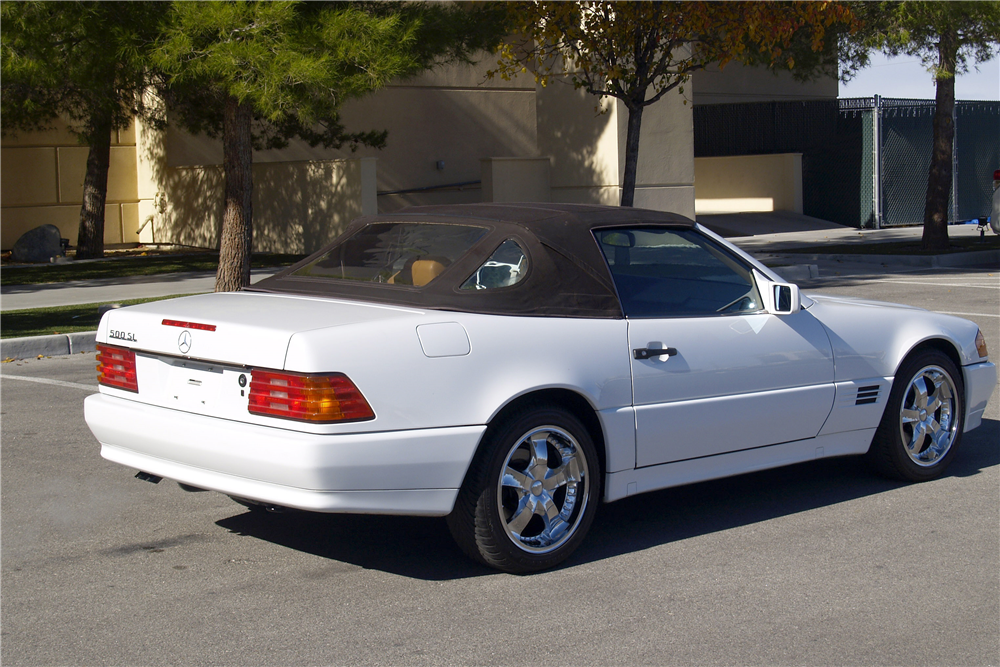 1991 MERCEDES-BENZ 500SL CONVERTIBLE - Rear 3/4 - 189454