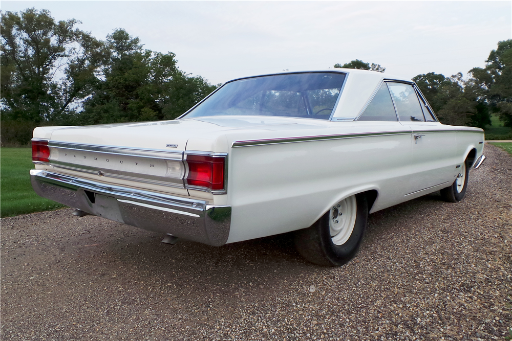 1967 PLYMOUTH BELVEDERE HEMI SUPER STOCK - Rear 3/4 - 189459