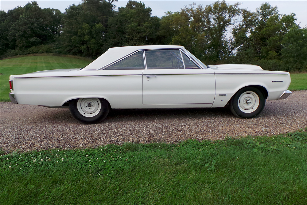 1967 PLYMOUTH BELVEDERE HEMI SUPER STOCK - Side Profile - 189459