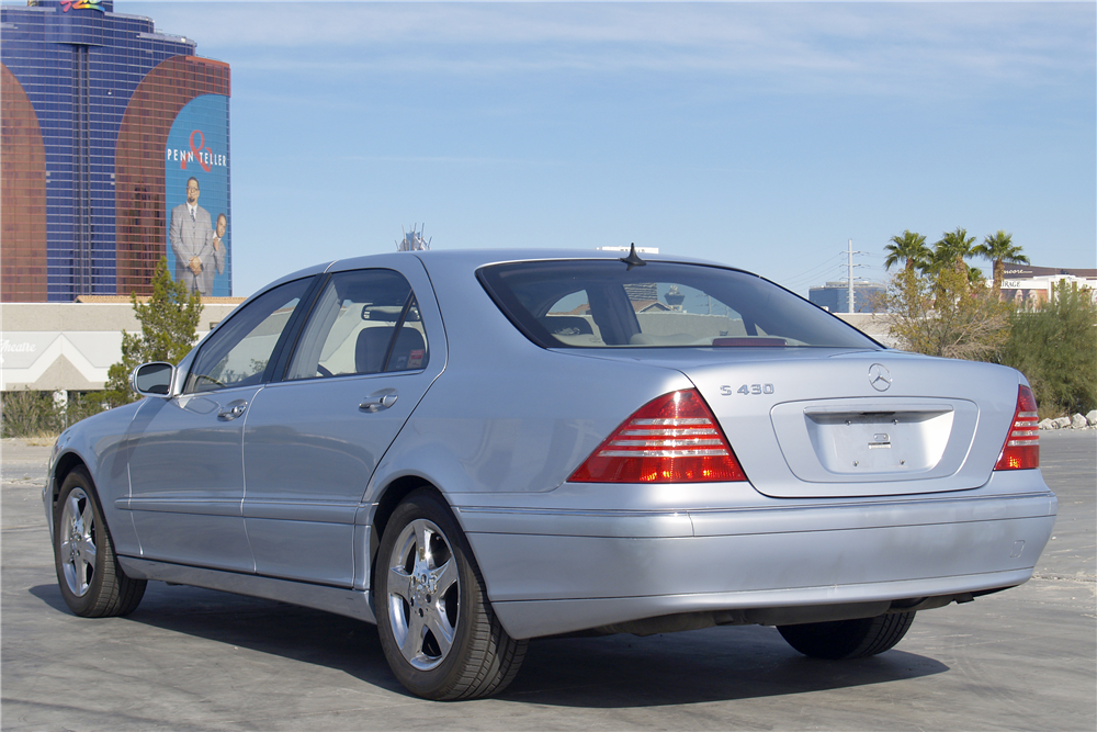 2004 MERCEDES-BENZ S430 4-DOOR SEDAN - Rear 3/4 - 189466