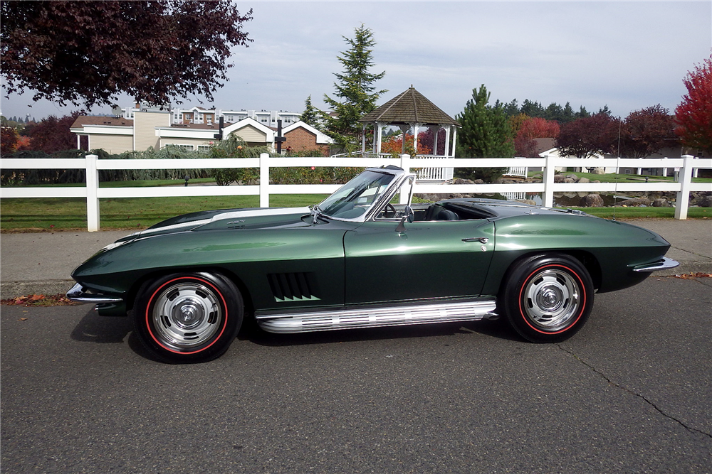 1967 CHEVROLET CORVETTE CONVERTIBLE - Side Profile - 189477