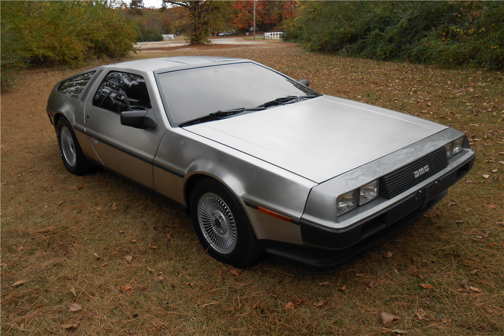 1981 DELOREAN DMC-12  - Front 3/4 - 189478
