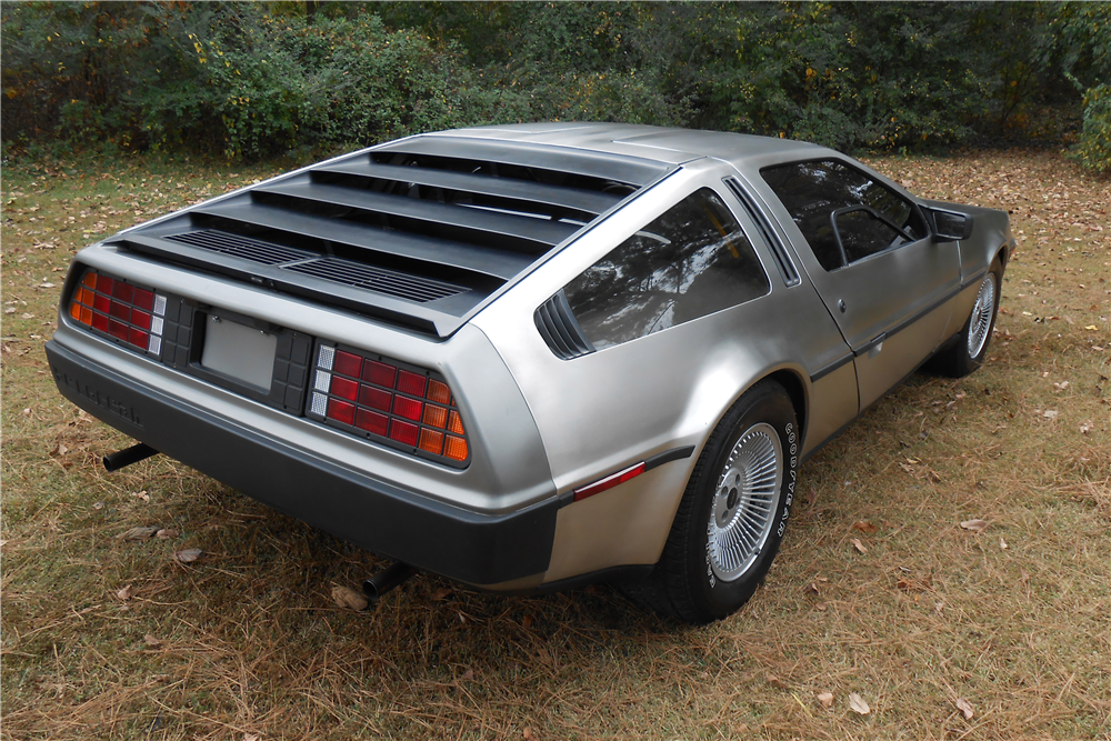 1981 DELOREAN DMC-12  - Rear 3/4 - 189478