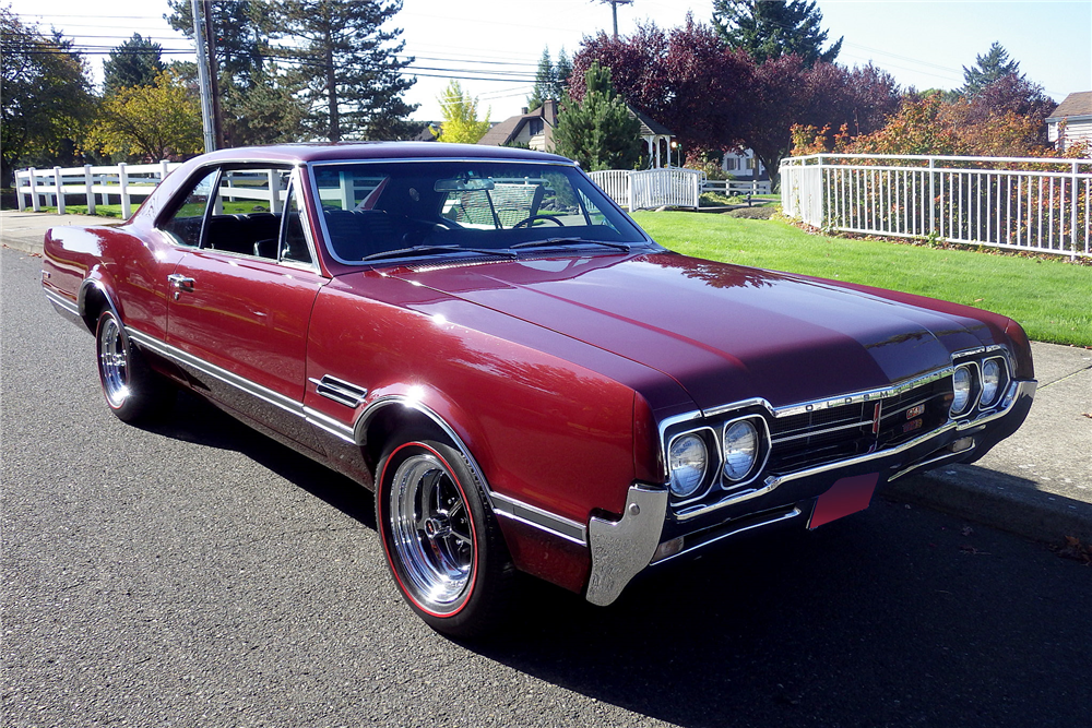 1966 OLDSMOBILE 442  - Front 3/4 - 189483