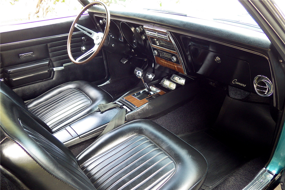 1968 CHEVROLET CAMARO RS/SS CONVERTIBLE - Interior - 189485