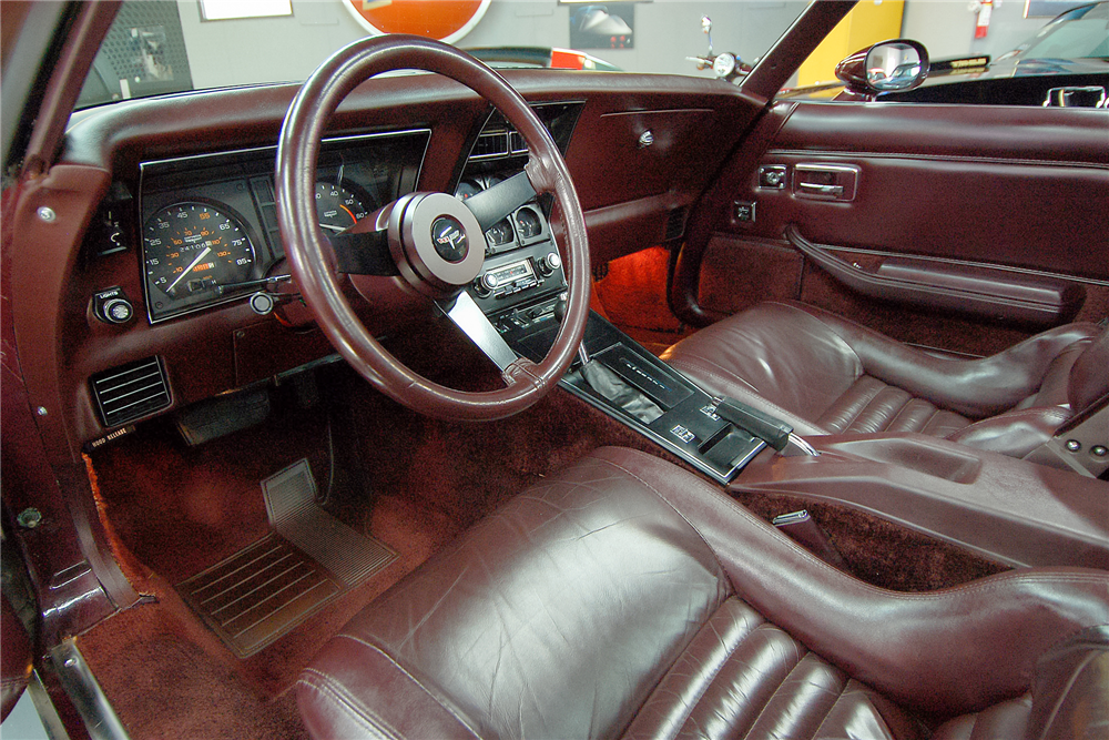 1980 CHEVROLET CORVETTE T-TOP - Interior - 189502