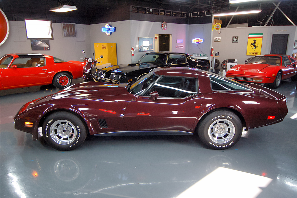 1980 CHEVROLET CORVETTE T-TOP - Side Profile - 189502