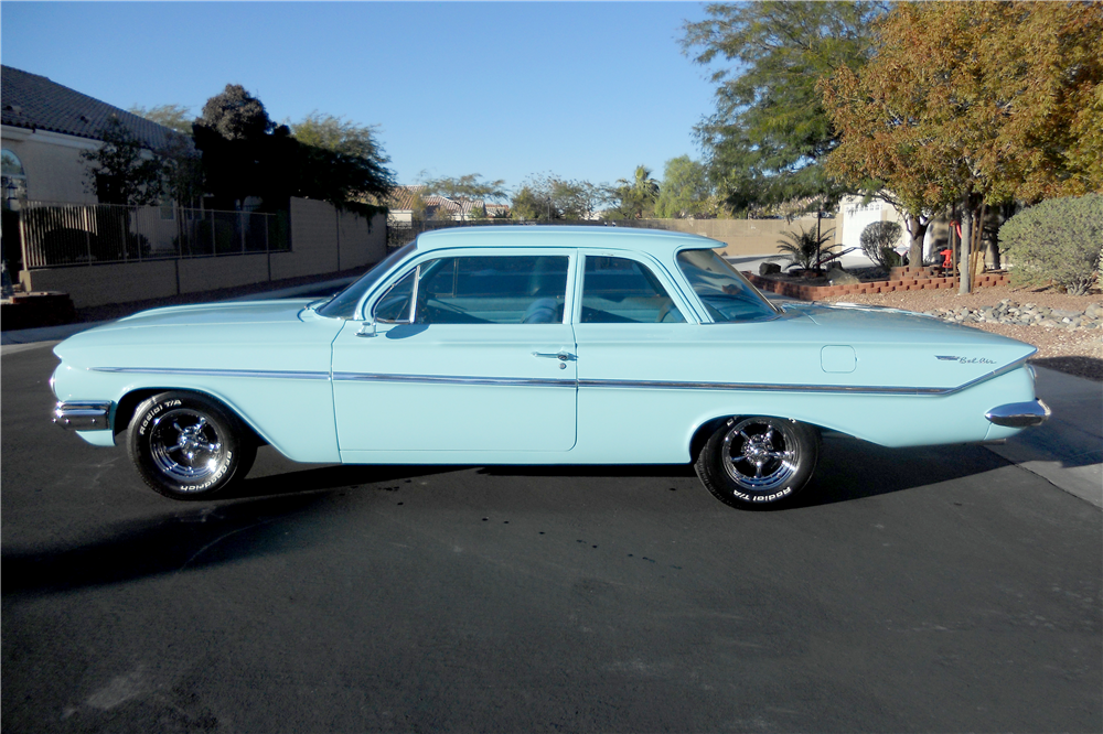 1961 CHEVROLET BEL AIR 2-DOOR POST - Side Profile - 189511