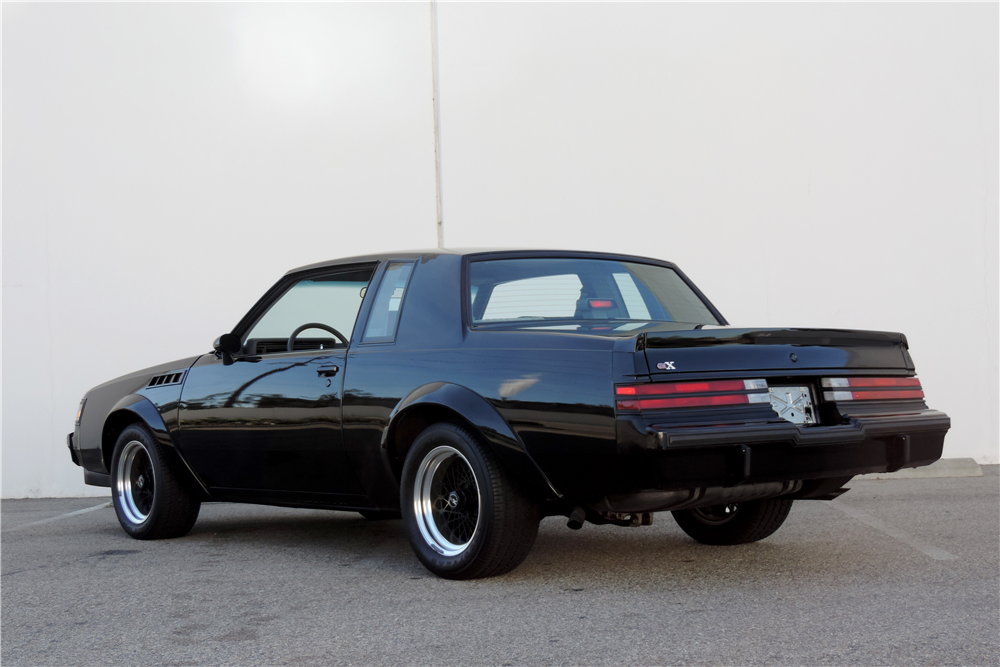 1987 BUICK GRAND NATIONAL GNX - Rear 3/4 - 189534