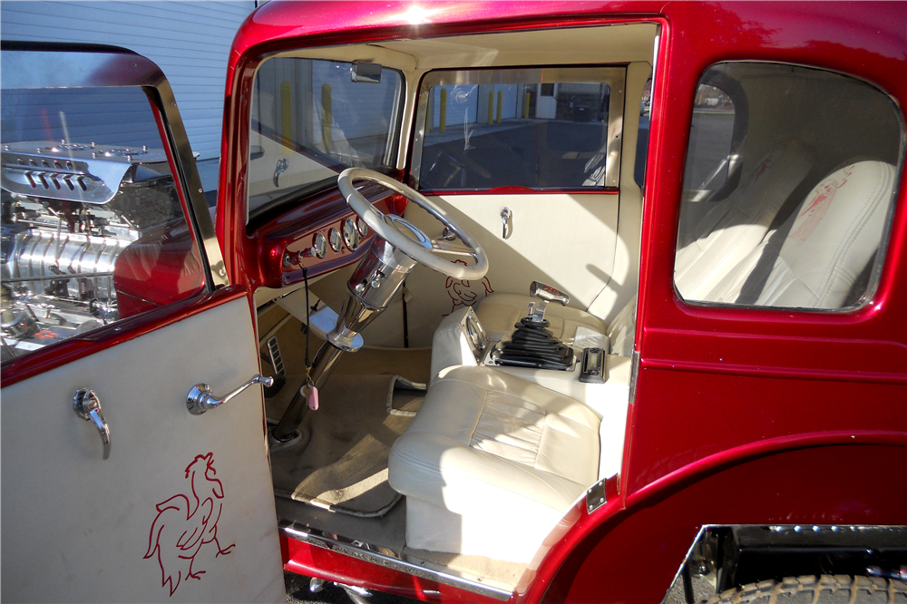 1931 FORD BANTAM CUSTOM COUPE - Interior - 189537