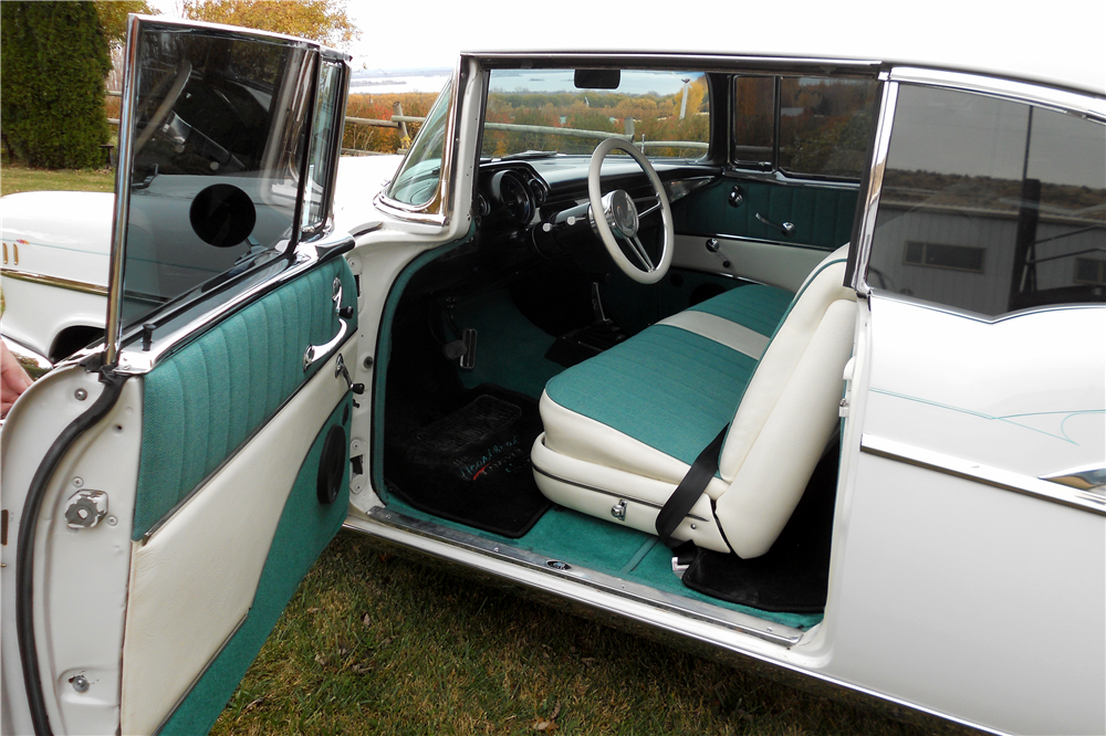 1957 CHEVROLET BEL AIR CUSTOM HARDTOP - Interior - 189539