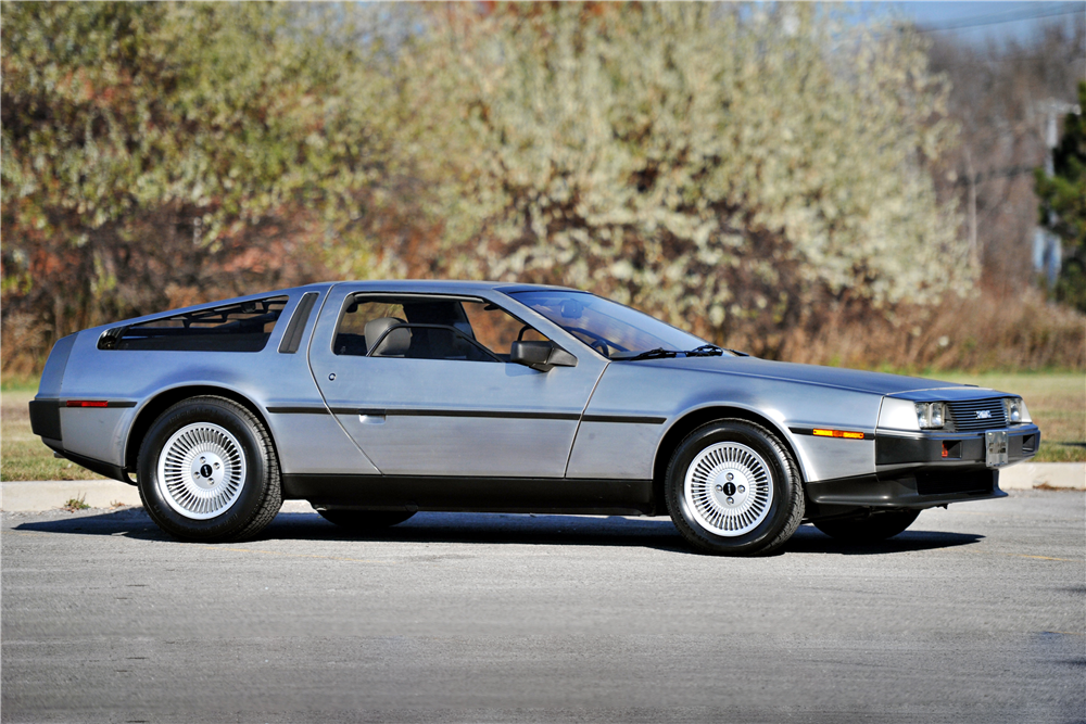 1981 DELOREAN DMC-12 GULLWING - Side Profile - 189557