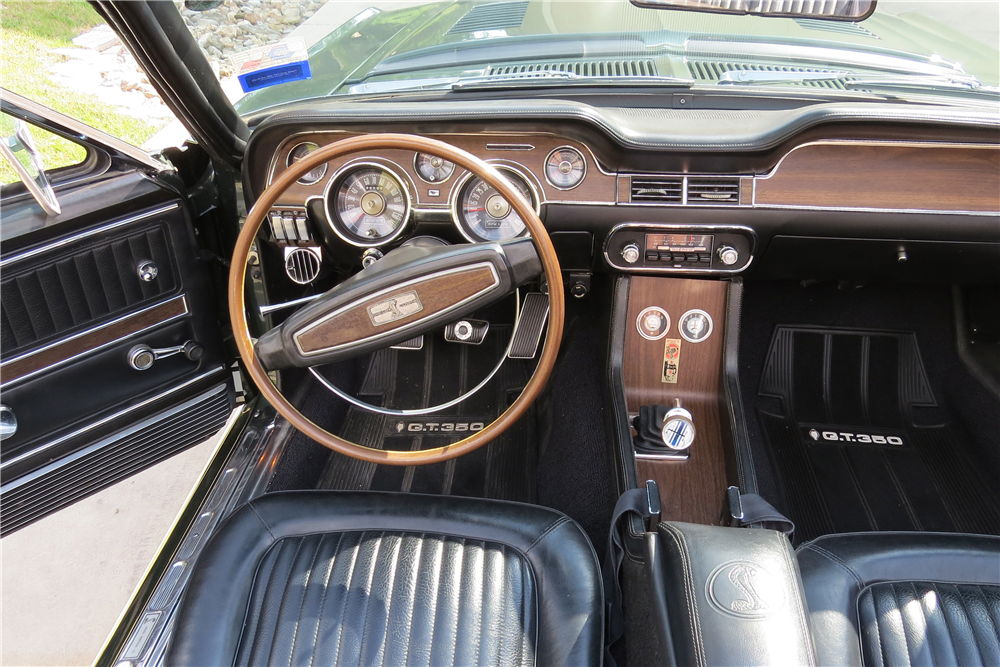 1968 SHELBY GT350 CONVERTIBLE - Interior - 189567