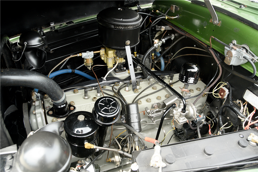 1948 PACKARD SUPER 8 CONVERTIBLE - Engine - 189592