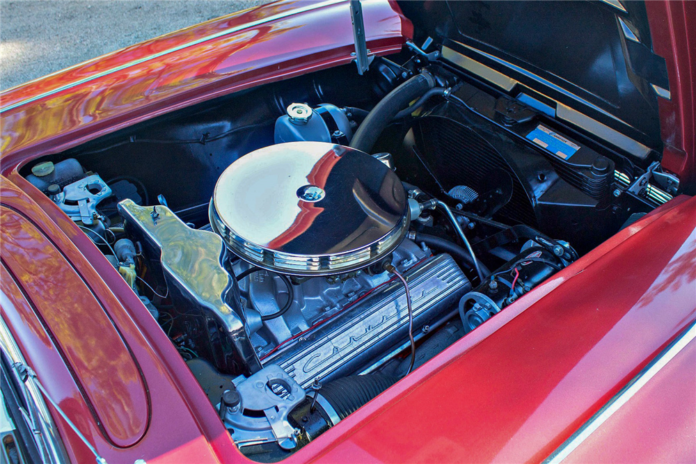 1962 CHEVROLET CORVETTE CONVERTIBLE - Engine - 189612