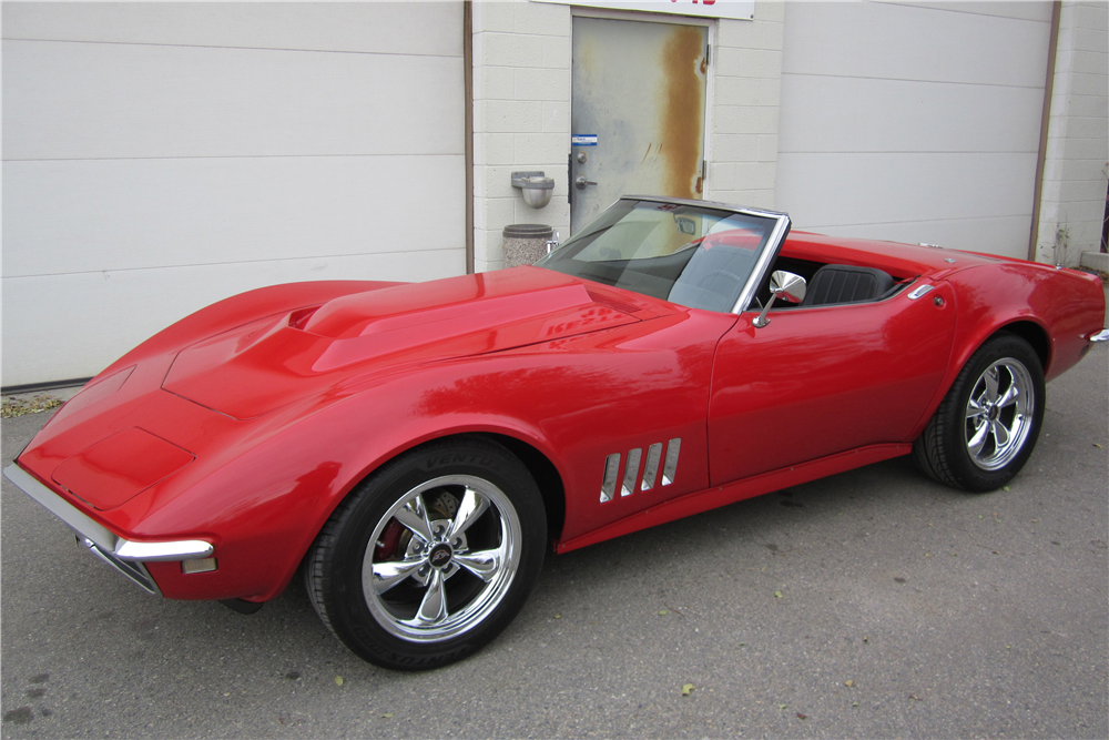 1968 CHEVROLET CORVETTE CONVERTIBLE - Front 3/4 - 189631