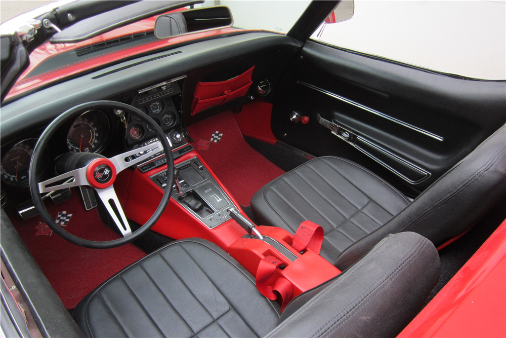 1968 CHEVROLET CORVETTE CONVERTIBLE - Interior - 189631