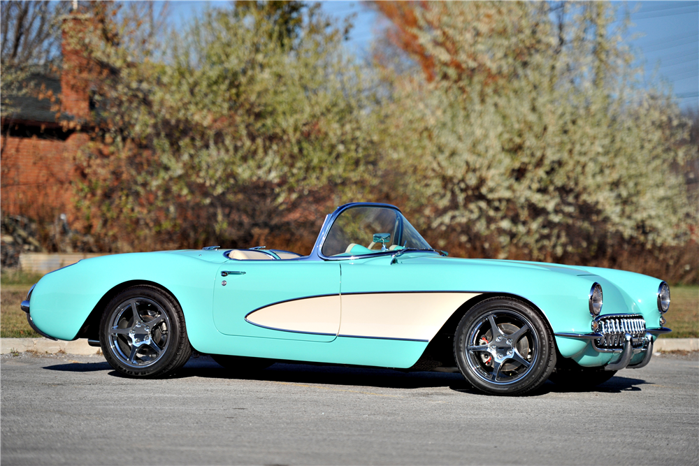 1957 CHEVROLET CORVETTE CUSTOM CONVERTIBLE - Side Profile - 189637