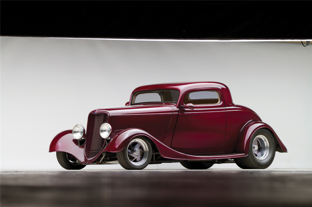 1933 FORD CUSTOM COUPE - Front 3/4 - 189641
