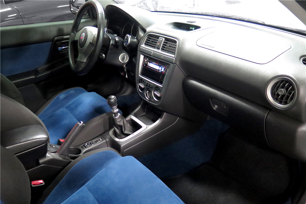 2004 SUBARU WRX STI CUSTOM SEDAN - Interior - 189663