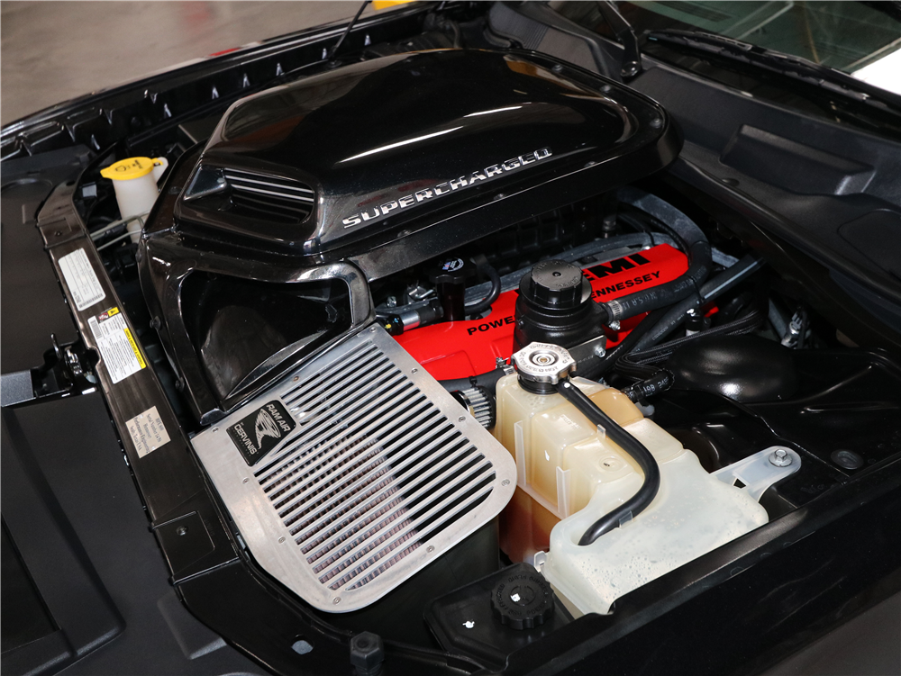 2010 DODGE CHALLENGER SRT8  - Engine - 189664