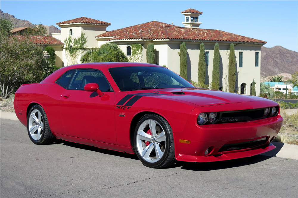 2011 dodge challenger srt8 392 189665. Black Bedroom Furniture Sets. Home Design Ideas