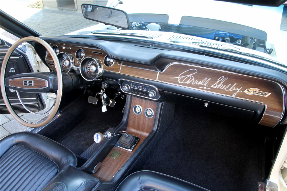 1968 SHELBY GT500 KR CONVERTIBLE - Interior - 189690