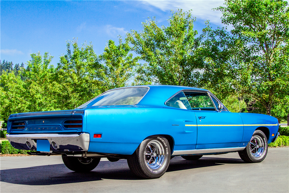 1970 PLYMOUTH ROAD RUNNER - Rear 3/4 - 189702