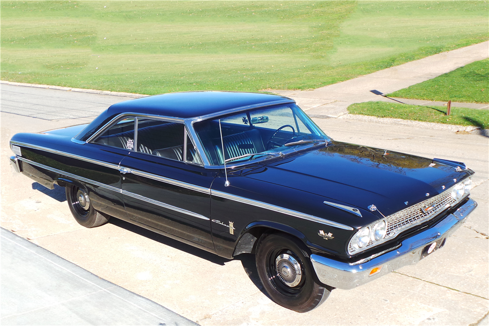 "1963 FORD GALAXIE ""R CODE"" - Front 3/4 - 189720"