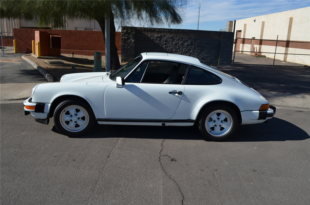 1982 PORSCHE 911 SC - Side Profile - 189729