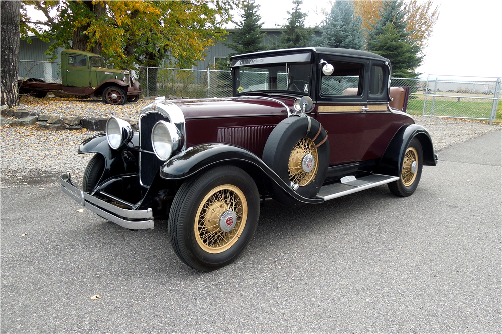 1929 REO FLYING CLOUD CUSTOM COUPE - Front 3/4 - 189734
