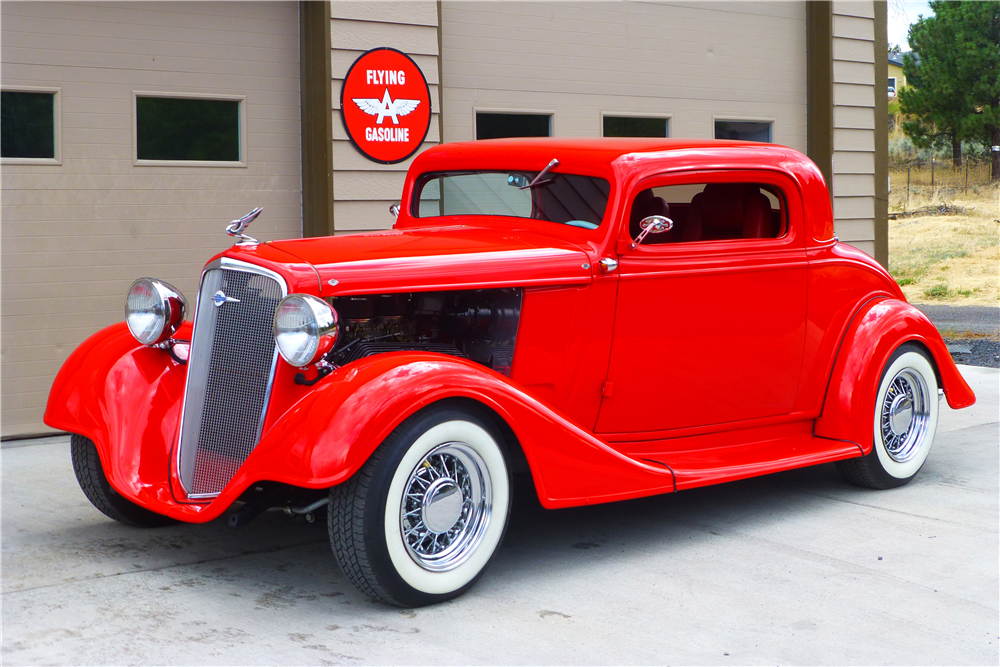 1934 CHEVROLET 3-WINDOW CUSTOM COUPE - Front 3/4 - 189737