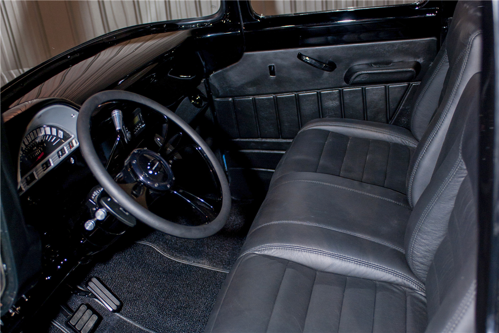 1956 FORD F-100 CUSTOM PICKUP - Interior - 189746