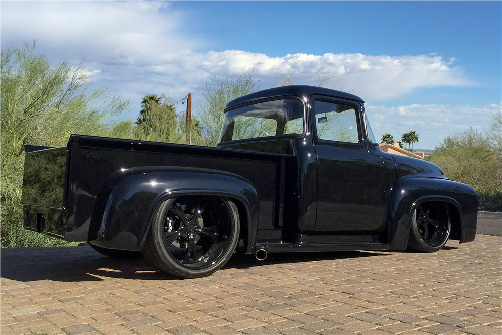 1956 FORD F-100 CUSTOM PICKUP - Rear 3/4 - 189746