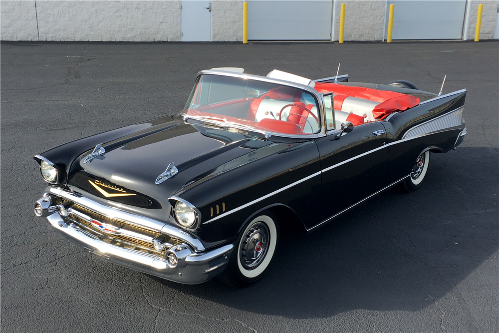 1957 CHEVROLET BEL AIR CONVERTIBLE - Front 3/4 - 189756