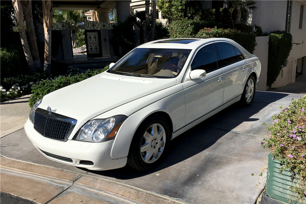 2004 MAYBACH 57 4-DOOR SEDAN - Front 3/4 - 189797