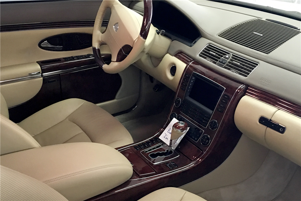 2004 MAYBACH 57 4-DOOR SEDAN - Interior - 189797